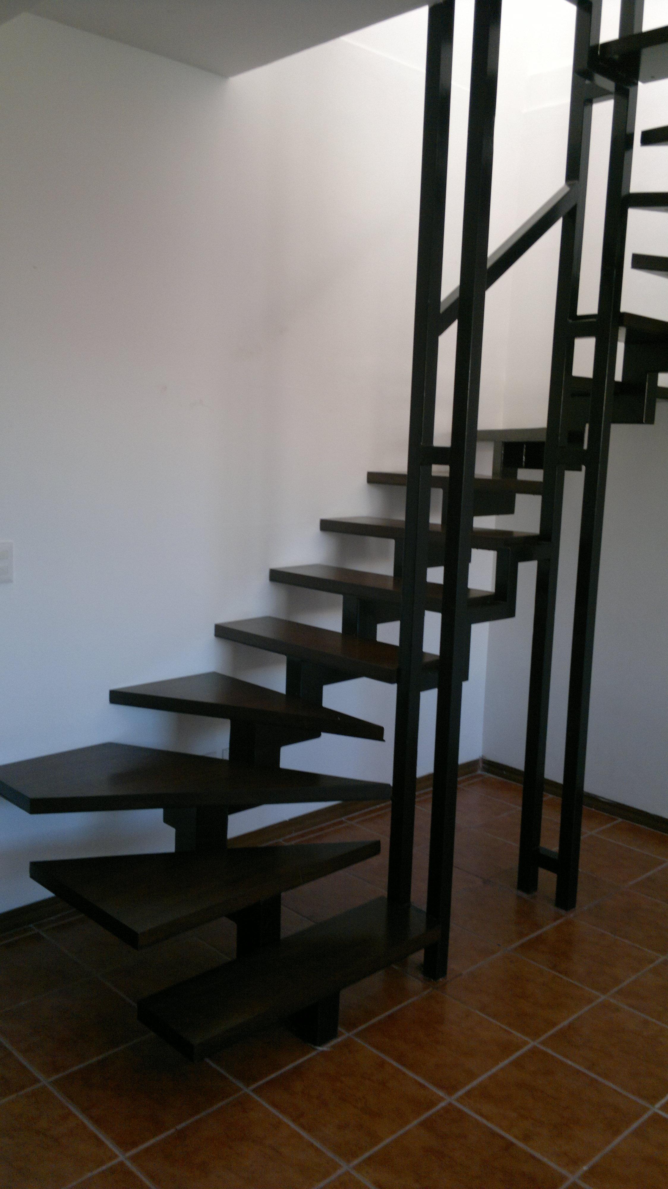 Escalera 010 herreria robles Escaleras herreria para interiores